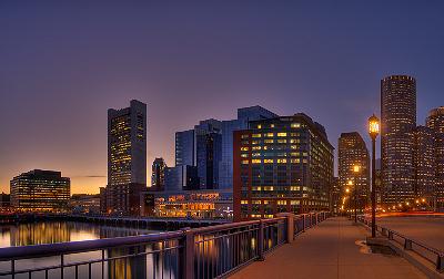 bostonstreelight.jpg