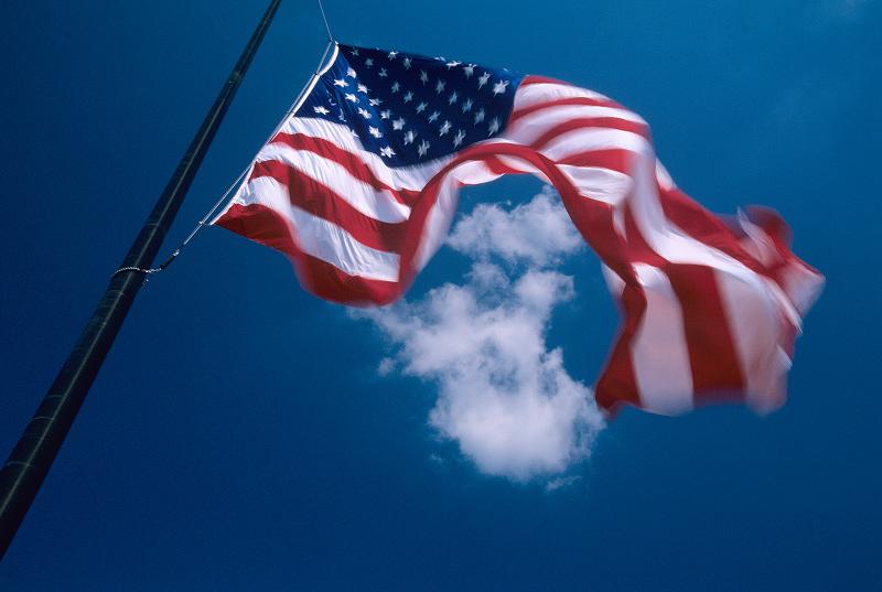 flagandcloud.jpg